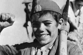Юный испанец — противник режима генерала Франко во время гражданской войны в Испании