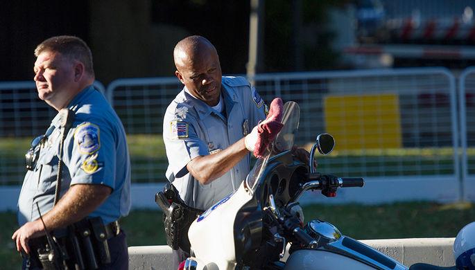 Сотрудники полиции во время визита папы Римского в США