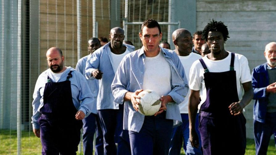 Кадр из фильма «Костолом» (2001)