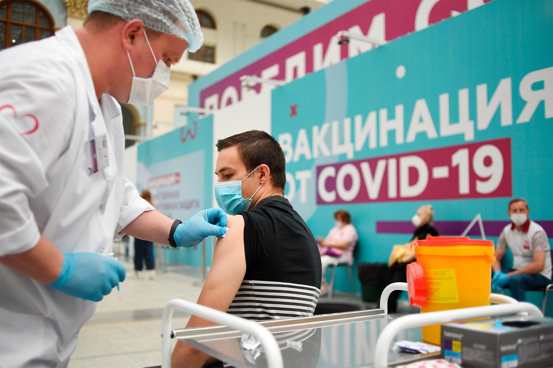 Курение влияет на антитела после вакцинации от COVID-19