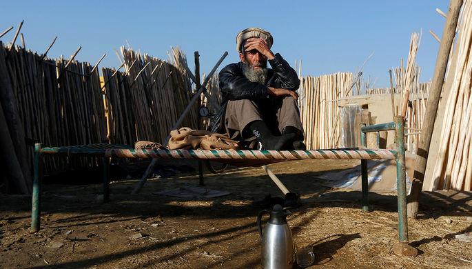 Продавец стройматериалов в афганском Кабуле, январь 2017 года