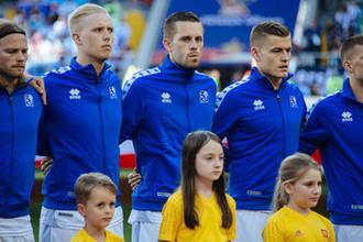 Игроки сборной Исландии перед началом матча Аргентина-Исландия на стадионе Спартак в Москве, 16 июня 2018 года