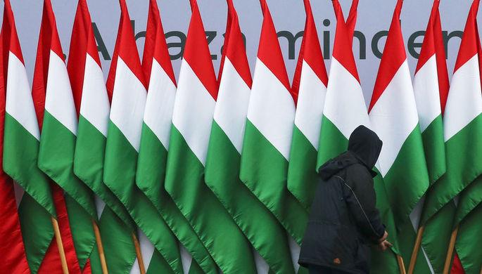 Заткнули рот оппозиции: за что Европа клеймит Венгрию