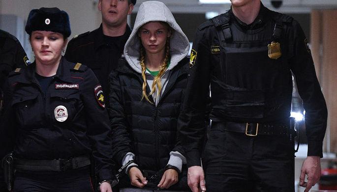 Анастасия Вашукевич (Настя Рыбка) на заседании Нагатинского суда, 19 января 2019 года