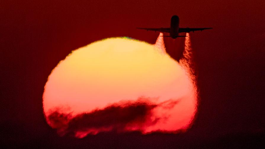 В Сочи из-за пьяного дебошира экстренно сел летевший в Анталью самолет