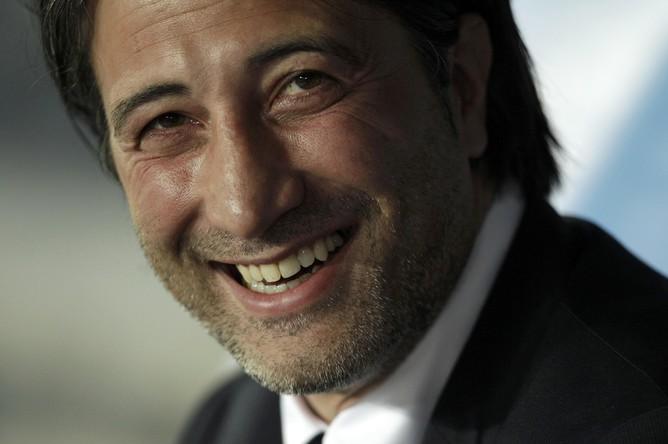 Главный тренер «Базеля» Мурат Якин перед игрой находится в хорошем настроении