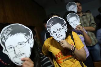 Сноуден назвал «абсурдом» заявления американских законодателей о его сотрудничестве с Россией