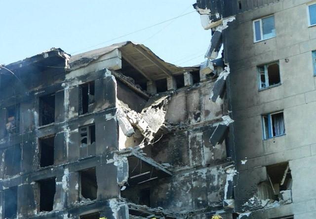 Разрушенный дом в Лисичанске