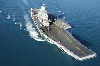 Авианосец «Викрамадитья», переоборудованный из тяжелого авианесущего крейсера проекта «Адмирал Горшков» для ВМС Индии