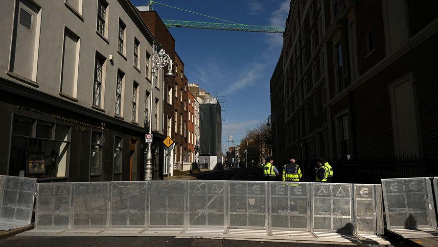 Полиция и перекрытые улицы Дублина в День Святого Патрика, 17 марта 2021 года
