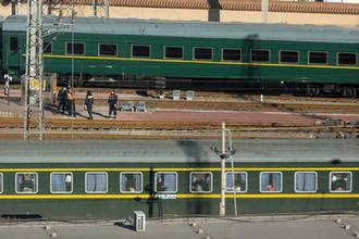 Северокорейский состав, аналогичный поезду Ким Чен Ына, на станции в Пекине, 8 января 2019 года