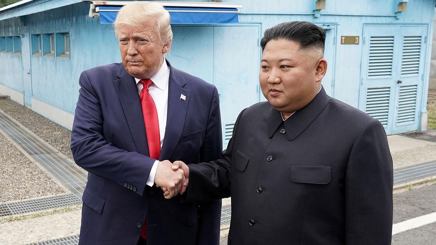 Трамп уединился с Ким Чен Ыном на территории КНДР. LIVE