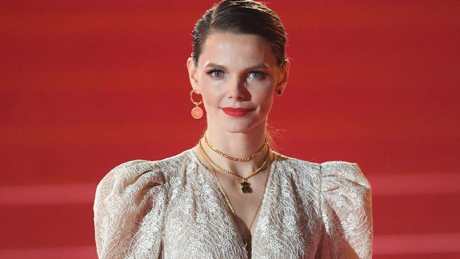 Актриса Елизавета Боярская на красной дорожке перед церемонией открытия 42-го Московского Международного кинофестиваля (ММКФ), 1 октября 2020 года