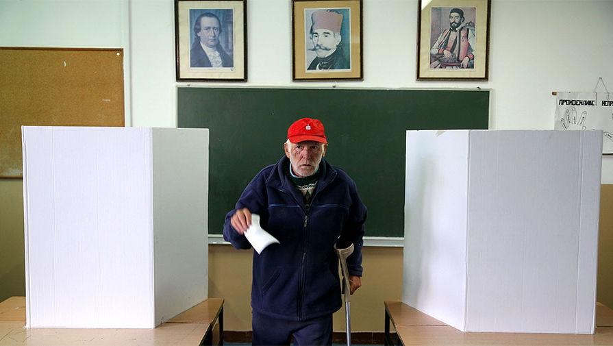 Президент Сербии Томислав Николич вновь извинился перед боснийскими мусульманами за преступления против них