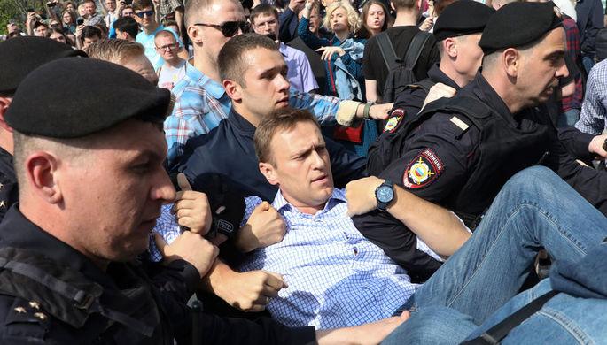 Задержание оппозиционного политика Алексея Навального во время несогласованной акции в центре...