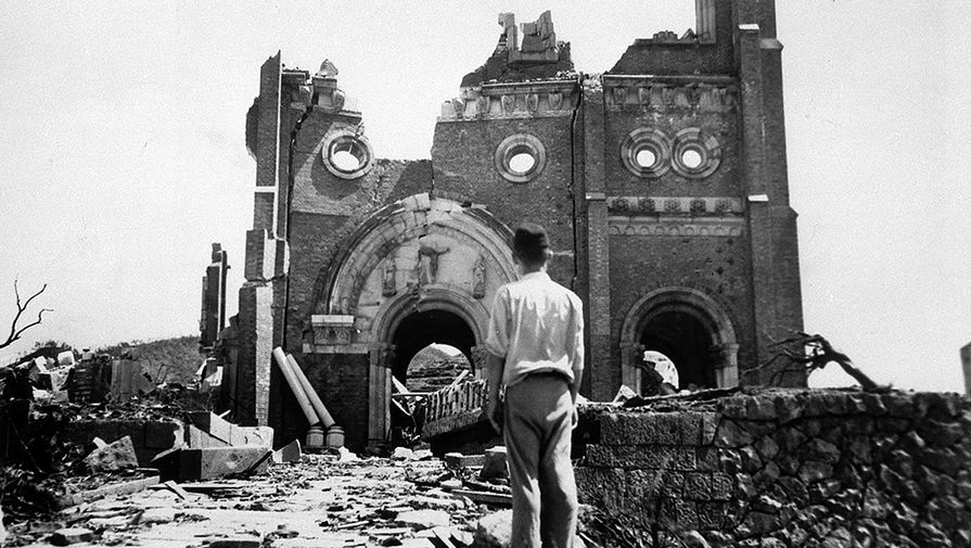 """9 августа 1945 года американцы сбросили на японский Нагасаки бомбу """"Толстяк"""""""
