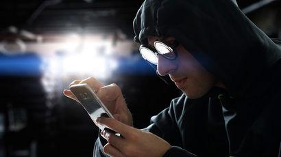 Хакеры могут взломать Facebook, WhatsApp, Telegram и другие соцсети по номеру телефона