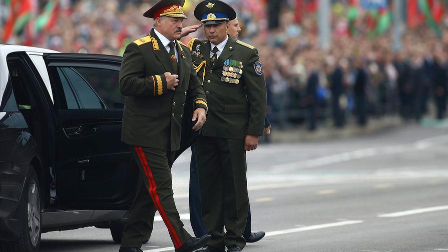 «Просто не можем отменить»: Лукашенко решил провести парад Победы