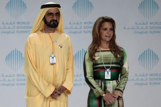 Премьер-министр ОАЭ, правитель Дубая шейх Мохаммед бен Рашид Аль Мактум и принцесса Хайя бинт аль-Хусейн, 2010 год