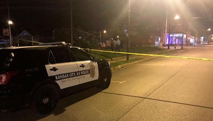 Расстрел в баре в Канзасе: четверо погибли