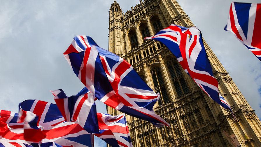 Великобритания введет цветную систему ограничений для въезжающих в страну