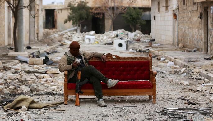Боевик «Свободной сирийской армии» в городе Эль-Баб, февраль 2018 года