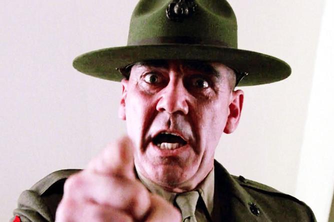 Ли Эрмей в роли сержанта Хартмана в фильме Стэнли Кубрика «Цельнометаллическая оболочка» (1987)