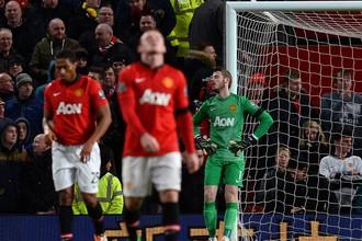 «Манчестер Юнайтед» вновь потерял очки на последних минутах матча