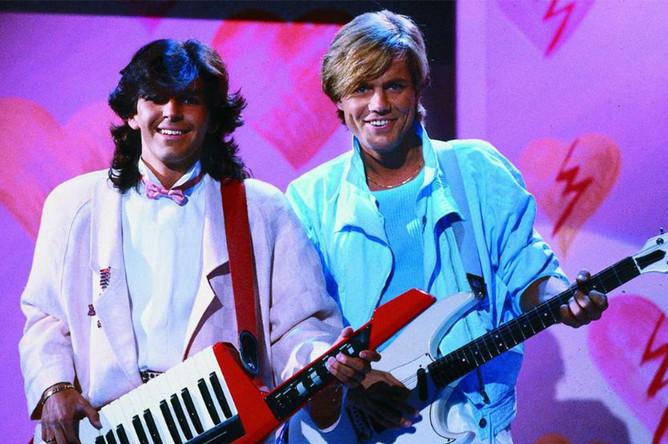 Первым хит-синглом группы стал «You're My Heart, You're My Soul», который вышел в октябре 1984 года, а через три месяца уже продавался ежедневным тиражом в 40 тыс. экземпляров.