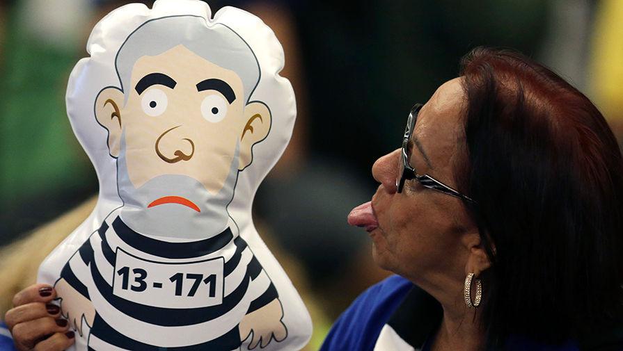 Экс-президент Бразилии приговорен еще к 13 годам тюрьмы