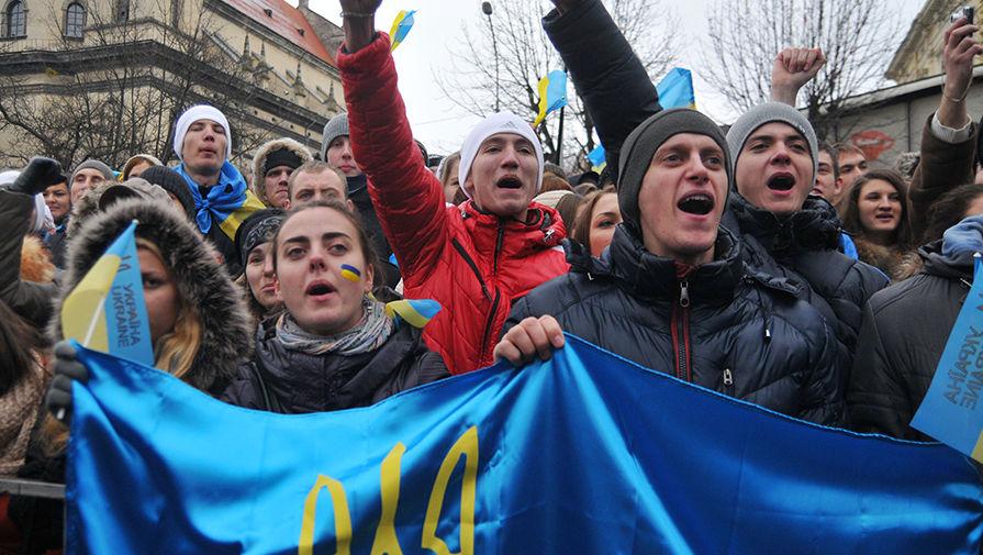 Украинских студентов лишат стипендий