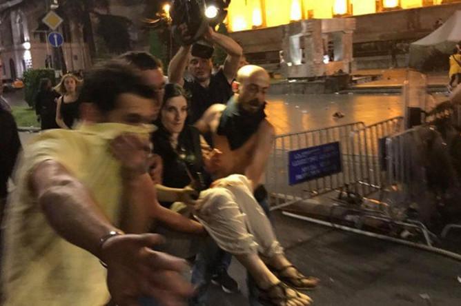 Во время беспорядков в Тбилиси, 20 июня 2019 года