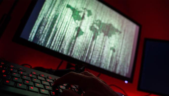 «Удивительно простая тактика»:как удалось взломать Microsoft и Apple