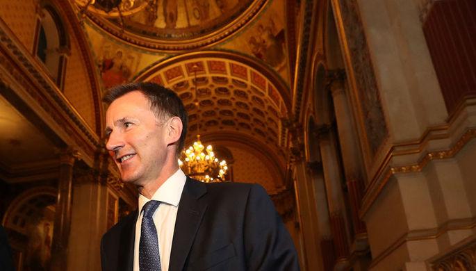 Новый глава МИД Великобритании Джереми Хант после прибытия в Форин-офис в Лондоне, 9 июля 2018 года