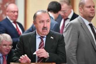 Заместитель председателя комитета Государственной Думы РФ по физкультуре и спорту Валерий Газзаев