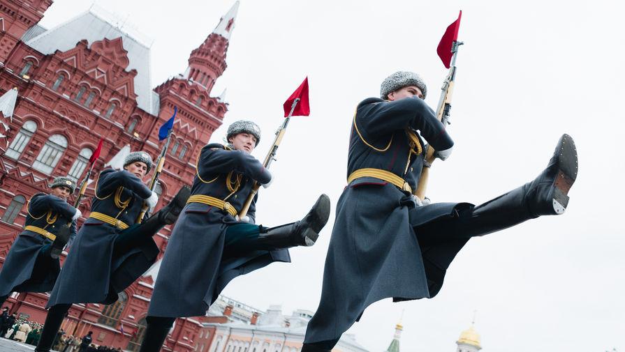 Марш по Красной площади, посвященный 76-й годовщине военного парада 1941 года