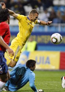 Андрей Шевченко в атаке