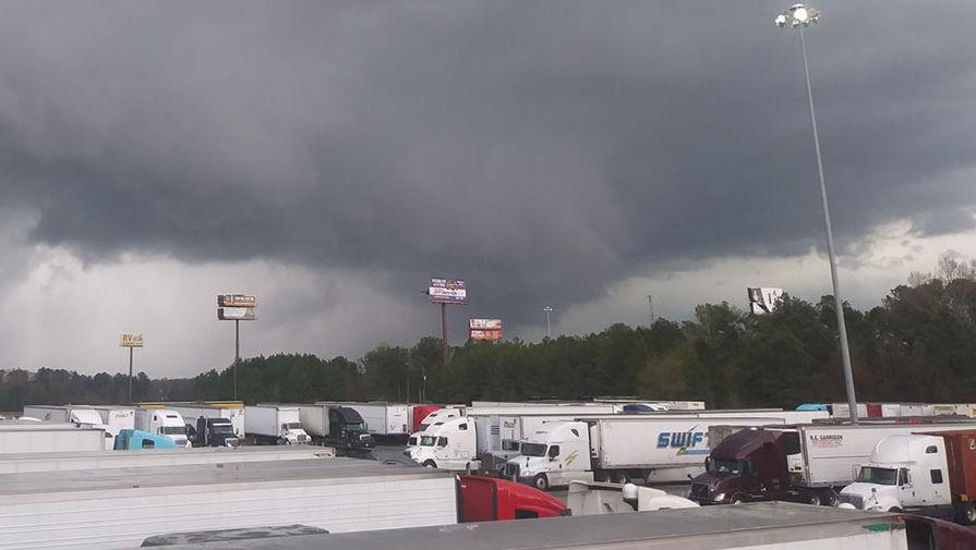 Мощный торнадо в Алабаме
