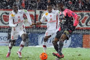 Матч между «Брестом» и «Лансом» был остановлен из-за снегопада