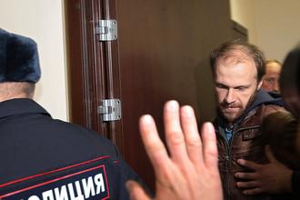 Cуд принял решение выпустить фотографа Дениса Синякова под залог в 2 млн руб.