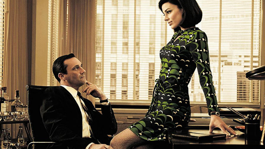 why mad men is popular essay (whitaker, 19) no, the healing hand is not the topic to my essay, but it is the first step in coming to terms with the why this chapter is just mad when you combine two terms, both in relative meaning, it turns into a contradiction.