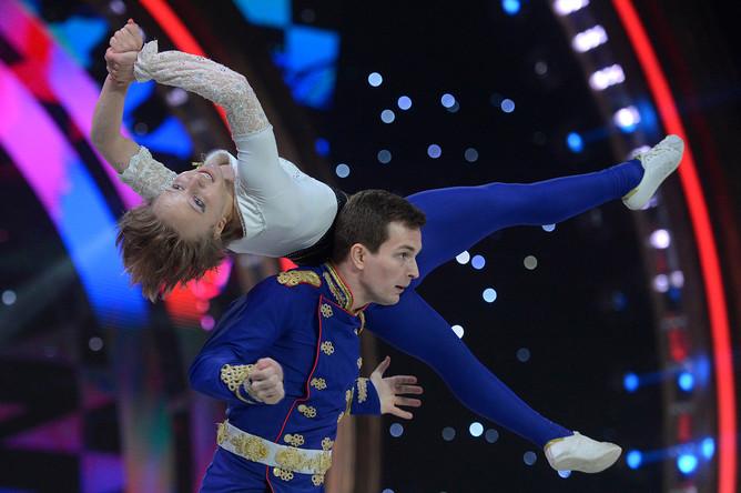 Дмитрий Алексеев и Екатерина Тихонова (Россия) выступают в полуфинале