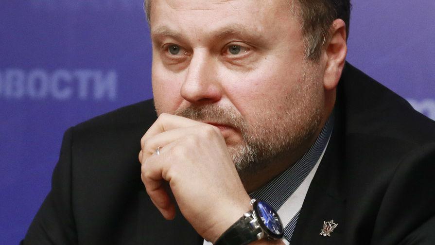 Экс-замдиректора ФСИН просят приговорить к 9 годам колонии