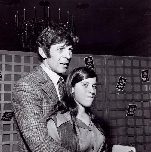 Леонард Нимой с дочерью Джули, 1980-е годы