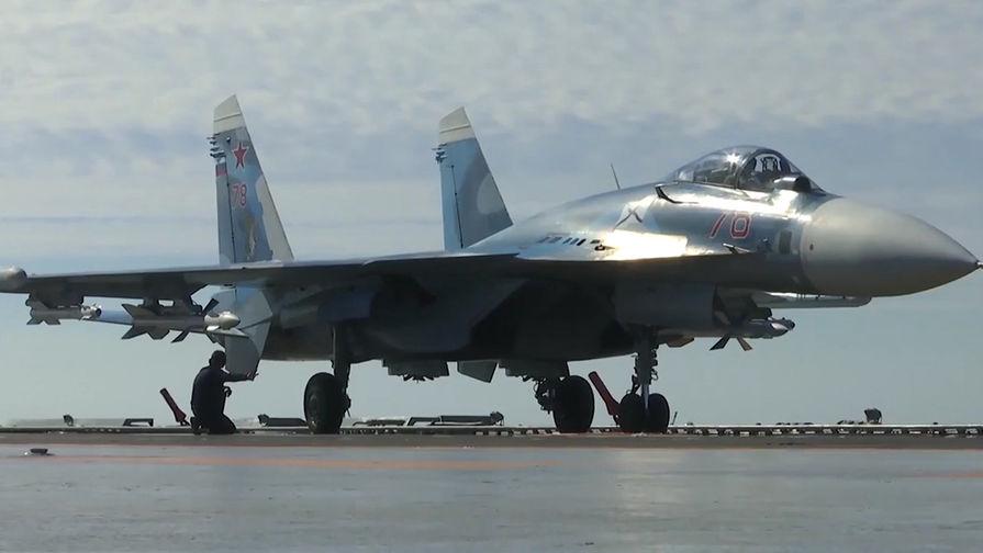 В декабре 2016 года истребитель Су-33 потерпел крушение при посадке на палубу тяжелого авианесущего крейсера «Адмирал Кузнецов» в Средиземном море, летчик катапультировался и выжил