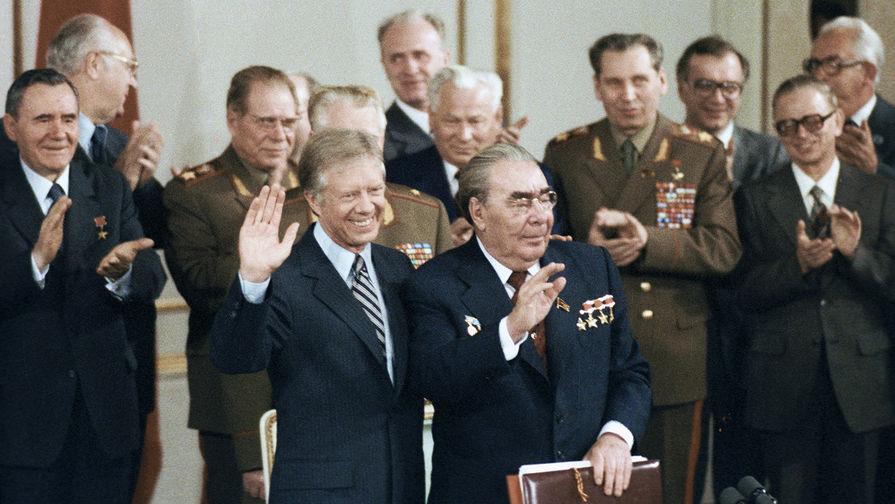 40 лет назад Брежнев и Картер подписали Договор ОСВ-2