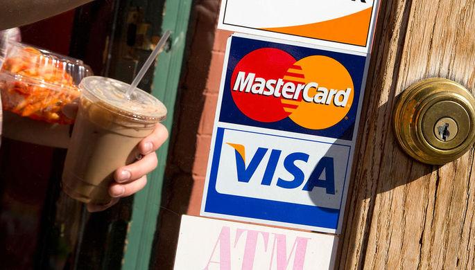 По следам России: почему мир уходит от Visa и Mastercard