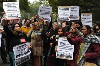 Жители Индии ожидают начала суда по делу об изнасиовании, вызвавшем волну митингов в стране