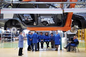 Цех сборки автомобилей на заводе ОАО «АвтоВАЗ»