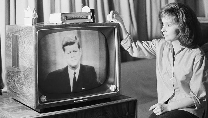 США опубликовали еще несколько тысяч документов ФБР по убийству Кеннеди